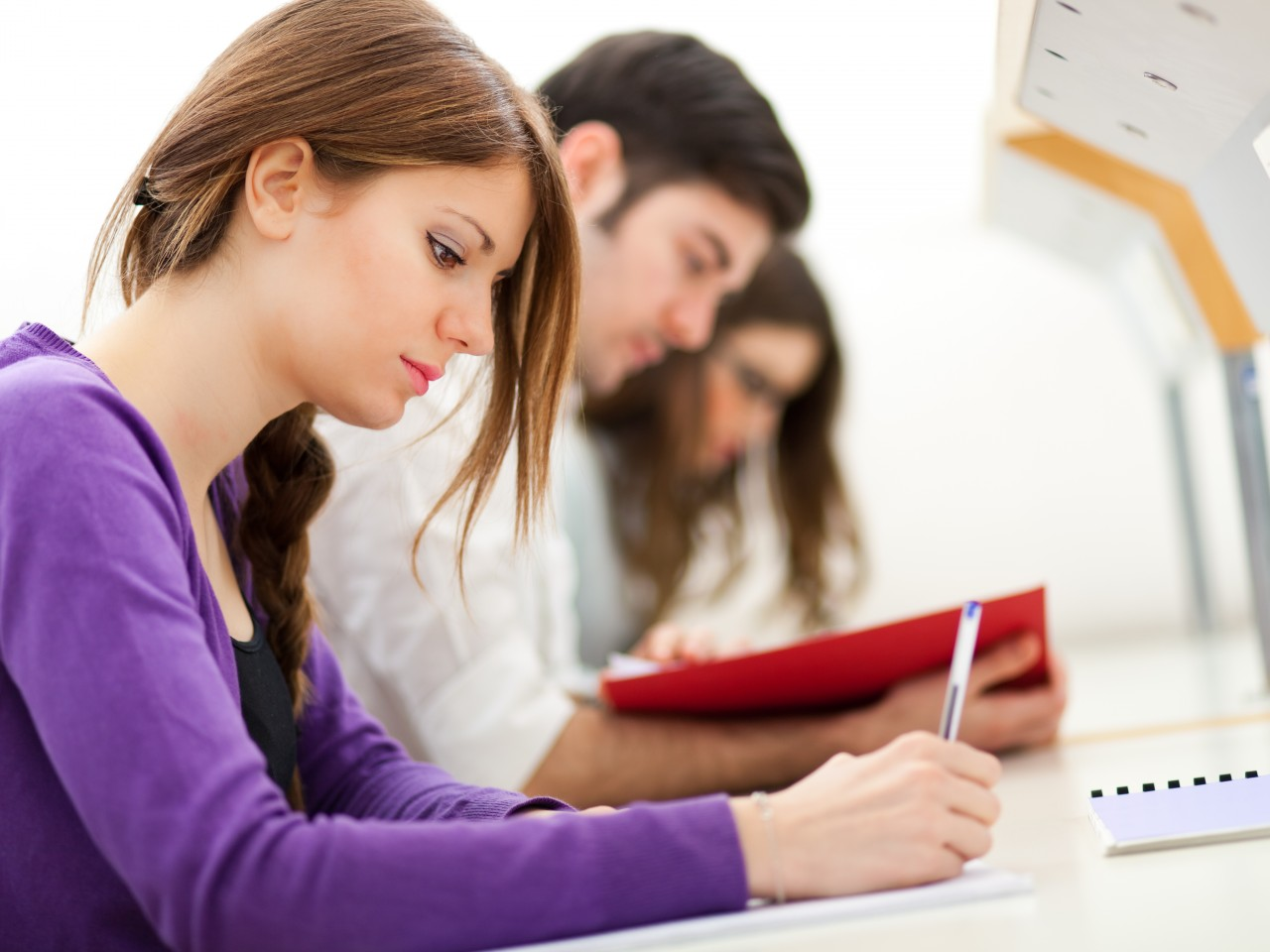 problem college students face The top three challenges students face many college students face the realization that their previous academic preparation was not at the level it needed to be.